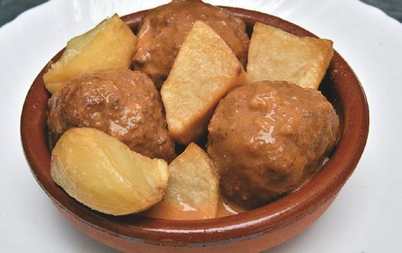 Albóndigas de jabalí en salsa campera
